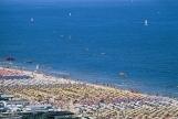2 - Marche- spiagge di , stabilimenti balneari grottamare, pesaro, falconara marittima, porto recanati, gabicce. Le Marche offrono ben 180 chilometri di costa