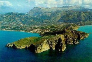 126 - Vista aerea di Capo Palinuro