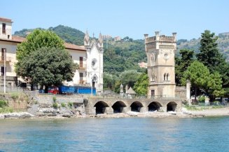 137- Chiesa Santa Croce a Sapri veduta dal mare