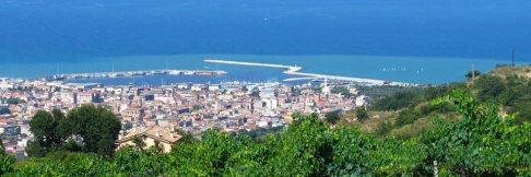 105 - San Benedetto del Tronto, tra mare e colline.