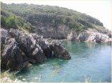 22 - Marina-di-Maratea- Degni di attenzione sono i fondali e le 131 grotte marine e terrestri, delle quali alcune hanno restituito fossili e reperti preistorici. Su tutte spicca la Grotta di Marina con stalattiti.