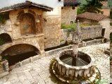 40- Fontecchio-La fontana trecentesca nel meraviglioso borgo medievale del Parco Regionale Sirente-Velino