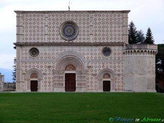 56- Collemaggio- la stupenda Basilica S. Maria (XIII sec.).