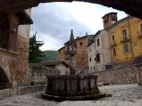 39- Fontecchio la Fontana trecentesca. (2)