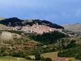15 -Castel del Monte (1.346 m. s.l.m., circa 530 abitanti), I Borghi più Belli d'Italia, nel Parco Nazionale del Gran Sasso-Monti della Laga.