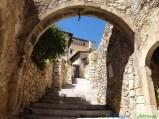 5- Navelli-Uno scorcio del centro storico di (760 m. s.l.m., 400 abitanti circa),