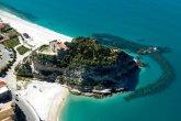 55 -La spiaggia di Tropea vista dall'alto