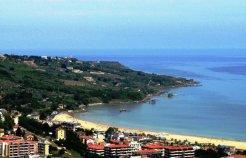 62 - Vasto-Marina-in-fondo-il-Faro-