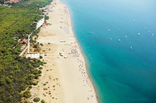 Spiagge basilicata nessunapretesa for Costo della costruzione della casa sulla spiaggia