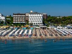 10 -Milano-Marittima- spiaggia-hotel-centrale-