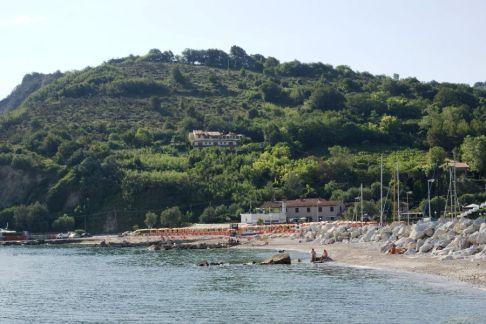53 - Cattolica- Soggiornare in Baia Vallugola