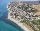 148 -Brancaleone è un piccolo centro abitato sul mare, sul tratto più a sud della costa Jonica calabrese