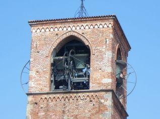 10 - Nel centro storico di Seregno, provincia di Monza e Brianza, tra i monumenti da visitare c'è la Torre del Barbarossa. XI