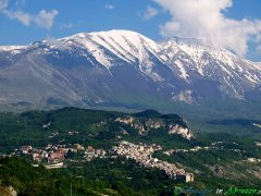 11- --Caramanico Terme (650 m. s.l.m., 1.130 abitanti circa), località termale nel Parco Nazionale della Majella.