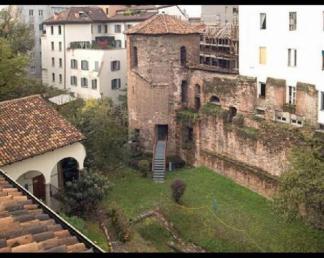 56 - Milano. Torre di Ansperto al Monastero Maggiore di san Lorenzo