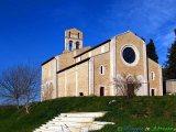 37 - Ronzano-Castel Castagna- l'abbazia di S. Maria (XII sec.).