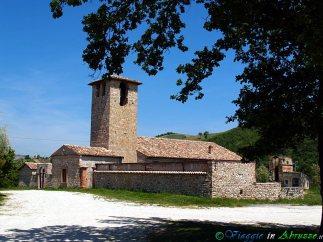 43- Campli- città d'arte l'antica chiesa di S.Pietro (VIII-XIII sec.) in località Campovalano.