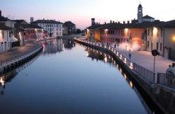87- Milano-Naviglio di sera