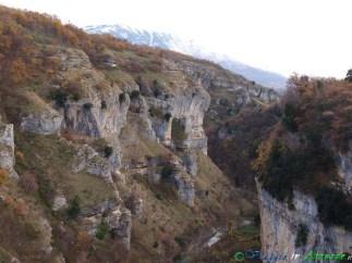9- Il selvaggio canyon nel quale scorre il fiume Orta, nel Parco Nazionale della Majella.