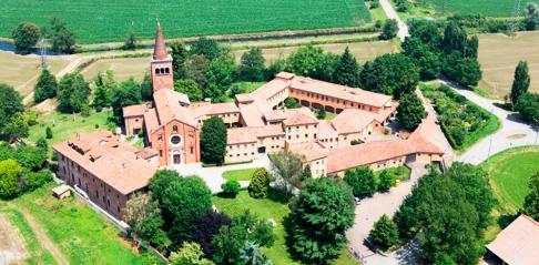110 -Milano .Panorama dell' Abbazia di Viboldone, situata a Viboldone, frazione della città di San Giuliano Milanese, in provincia di Milano.