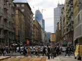 90 -Milano. Centro città nei pressi di Corso Buenos Aires