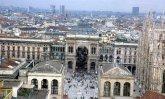 32 -Milano, altra immagine dall'alto.
