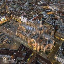 25 -Milano. Panorama del Duomo e Piazza del Duomo