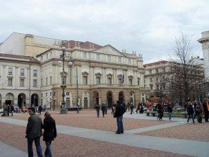 44 -Milano. Teatro alla Scala