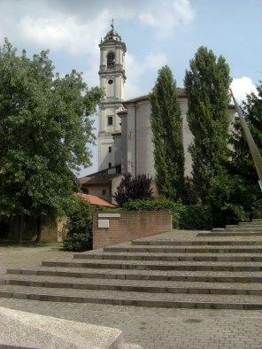 11 - Lodi - La chiesa di Santa Maria Maddalena rappresenta il miglior esempio di edificio barocco a Lodi. Fu completata nella prima metà del Settecento su progetto di Antonio Veneroni, incorporando sul lato destro una preesistente costruzione romanica risalente al 1162.