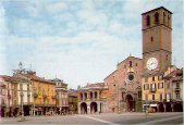 3- La cattedrale della Vergine Assunta è il principale luogo di culto cattolico della città di Lodi, in Lombardia, sede vescovile della diocesi omonima. È una delle chiese più grandi della Lombardia è il monumento più antico di Lodi, la prima pietra dell'edificio, infatti, venne simbolicamente posta il 3 agosto 1158, giorno stesso della fondazione della città