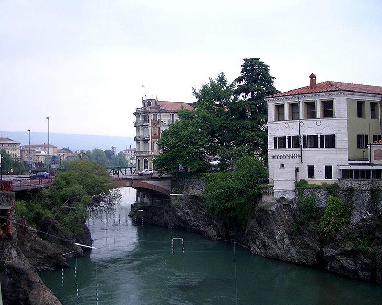 Torino e Provincia  nessunapretesa