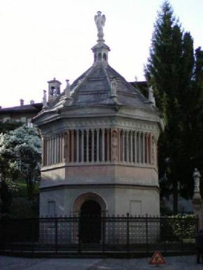 8- Battistero della basilica di S.Maria Maggiore