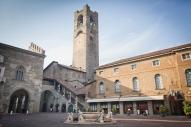 9- Bergamo alta Piazza Vecchia