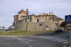 10 - Castiglione del lago- la fortezza nel centro storico-