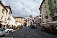17 - Piazza del mercato a Spoleto