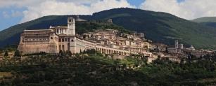 2 - Assisi-sfondo-MonteSubasio