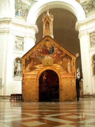 23 - interno-Basilica di Santa Maria degli Angeli - Porziuncola.