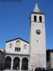 37-spoleto-facciata-della-chiesa-di-san-gregorio