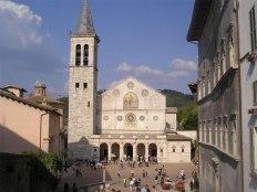 8 - Spoleto- Piazza Duomo.