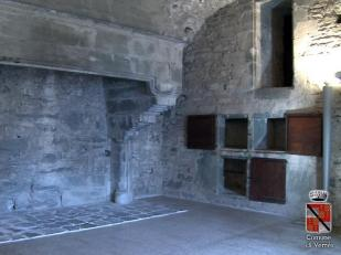 37 -Castello di Verres interno- Camino e dispensa