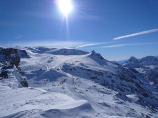 22 - Il Plateau Rosa visto dalla Sella del Furgg sulla cresta di confine tra la Svizzera e l'Italia