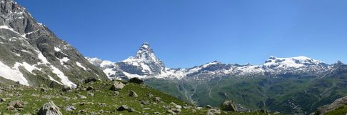 37 -Panorama mostrante l'isolamento morfologico di questa montagna e la sua elevazione rispetto ai massicci circostantì