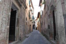 41 - La Porta Del Tempo - Stroncone (terni)