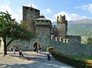 68 - Valle d'Aosta - Castello Fenis