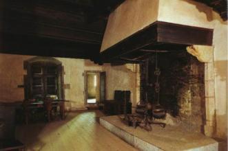 77- Castello di Fenis. sec. XIII. Cucina. Fenis, Aosta
