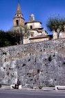 8 -- Amelia - Mura e sopra la cattedrale