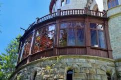 18 - Castel Savoia Gressoney, particolare della veranda semicircolare