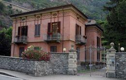7 - Pont - Saint - Martin -Villa Michetti biblioteca--