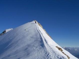 16- Gruppo-Monte-Rosa-cresta-