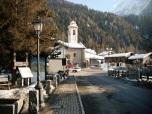 4 - Gressoney-La-Trinité è l'ultimo centro abitato, alla testata della valle percorsa dal torrente Lys, a 1.627 metri di altitudine.